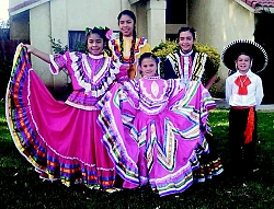 Baila Folklorico performed at the Tehachapi Heritage League's Christmas Around the World event on December 17, 2016.